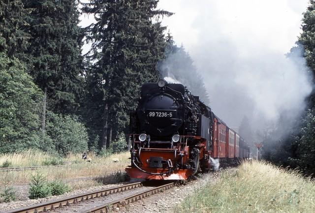HSB ハルツ狭軌鉄道  ドライアネンホーネはブロッケン山頂とノルトハウゼン(Northause